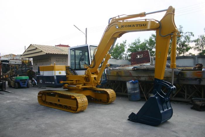 KOMATSU PC60-5