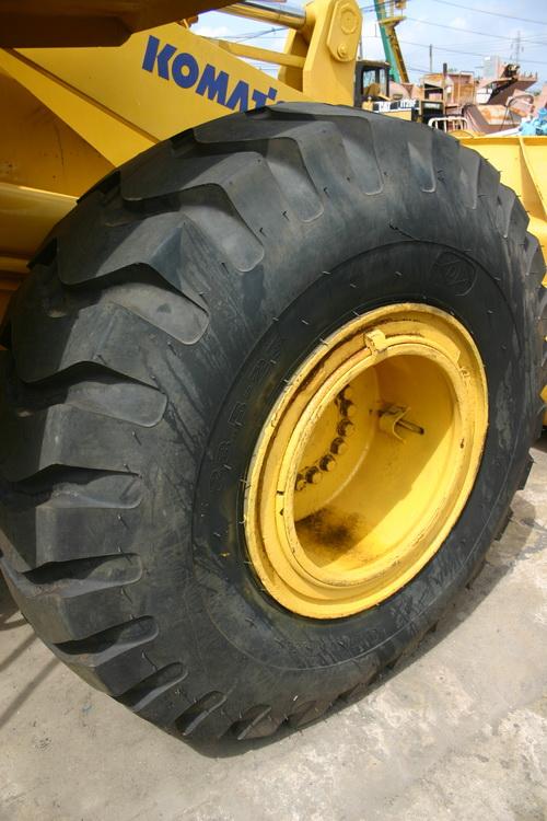 รถตักล้อยาง Wheel Loader KOMATSU WA380-3 p.4
