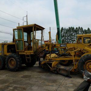 รถเกรด CATERPILLAR 140G