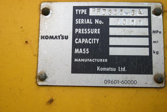 งารถตัก KOMATSU - WA300 (3)